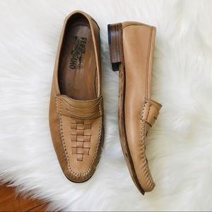 Salvatore Ferragamo Soft Leather Loafers 11 Narrow